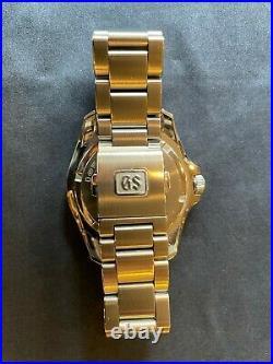Grand Seiko Sport Collection 9F Quartz GMT 39mm Black Dial SBGN003